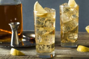how to make a classic whiskey ginger